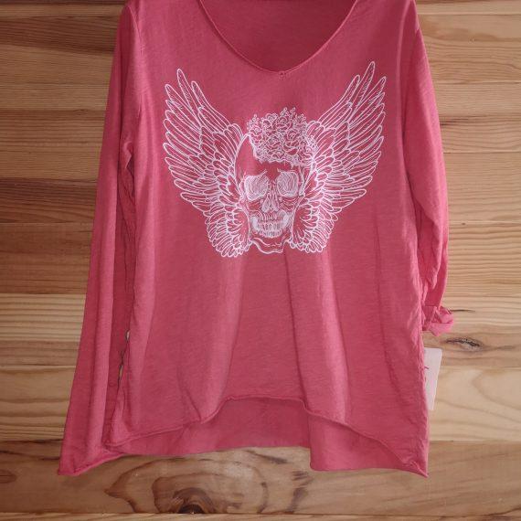 Camiseta calavera y alas