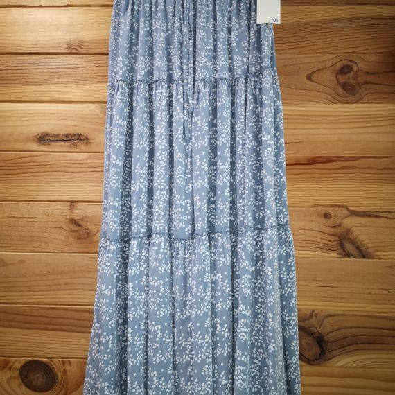 Falda azul con blanco