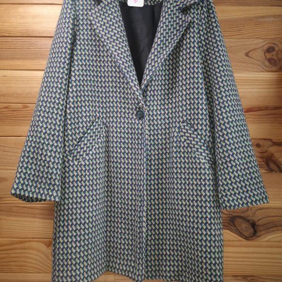 Abrigo verde y morado